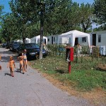 rondlopen op de camping